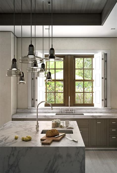 Staggered Light Pendants Over Kitchen Island Light Pendants For Kitchen Island