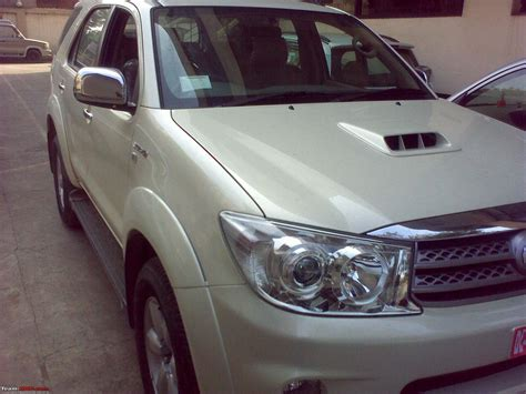 pearl white color new color in fortuner quot white pearl metalic quot team bhp