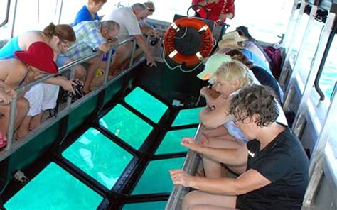 lembongan sailing catamaran komodo tours komodo