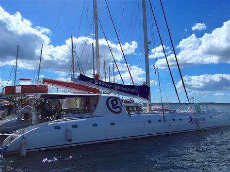 g adventures catamaran cuba segelspots in kuba vom wasser aus an den strand g