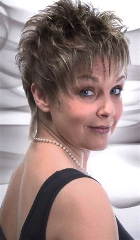 2013 short haircuts for women over 50 short spiky haircuts for women over 50 short hairstyle 2013