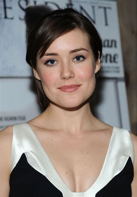 what makeup does megan boone on the black lisf megan boone pictures full hd pictures