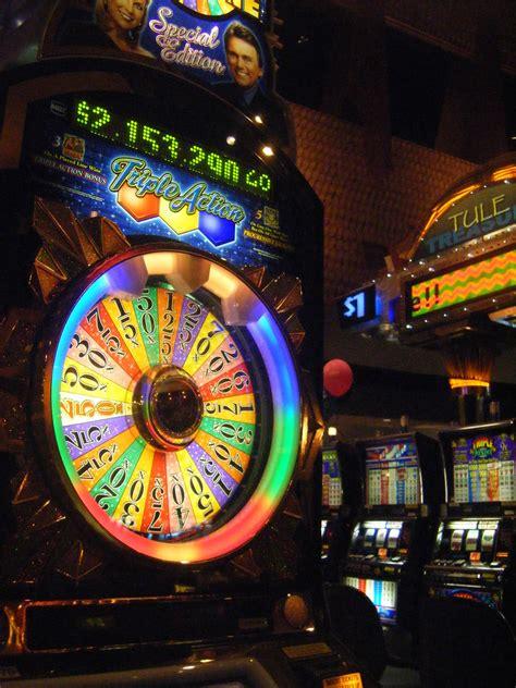 casino game wheel fortune slot machine game