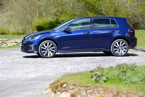 golf gte test volkswagen golf gte review greencarguide co uk