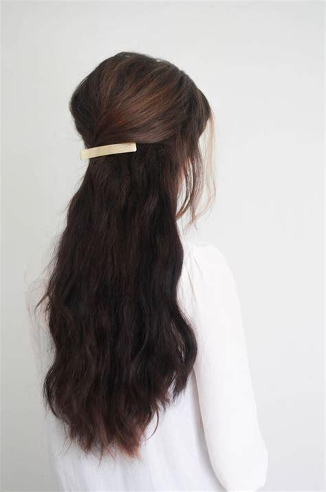 hair tutorial headband tuck treasures travels hair game inspiration and hair clips on pinterest