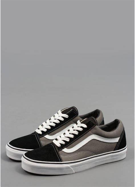 vans  skool shoes suede black triads