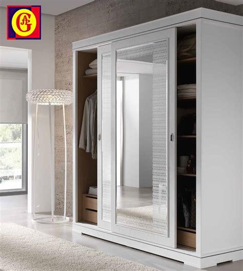 tienda de armarios tienda de muebles mueblecope armario cl 225 sico de puertas