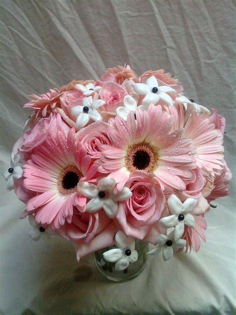Gerber Daisy Centerpieces   Wedding Ideas   Pinterest