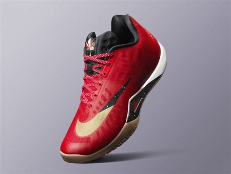 Jual Nike Paul George paul george returns to all in canadian themed nikes sole collector