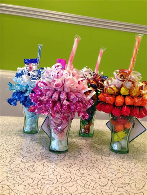 how to do a christmas candy sunday centerpiece mini bouquet sundaes sweet ideas bouquets ideas read more and