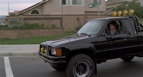 toyota sr5 pickup truck used by michael j fox marty