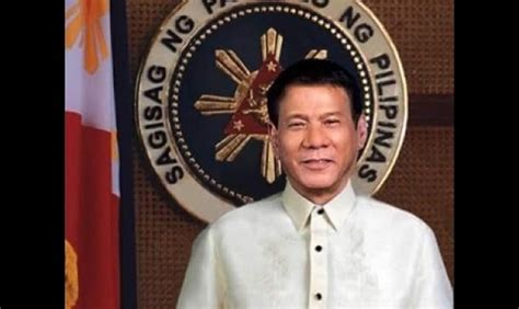 philippine president rodrigo duterte china offers arms to philippines with 25 year repayment plan