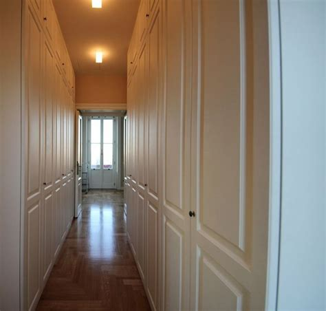 armadio per corridoio 17 migliori idee su armadio in corridoio su