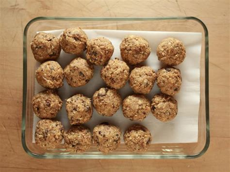 fuel to go homemade protein bars girls dish fuel up with 5 homemade power snacks food network
