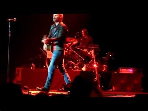 Free And Easy Dierks Bentley Lyrics Dierks Bentley Free And Easy The Road I Go