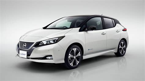 nissan leaf the nissan leaf is a improvement on the original