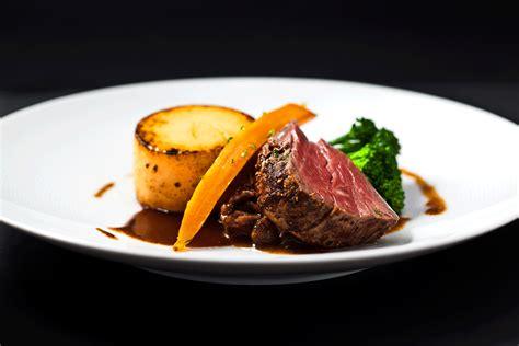 steak with veg cuisine restaurant amour