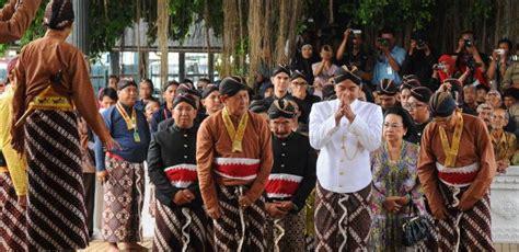 orang jawa indonesia image gallery suku jawa