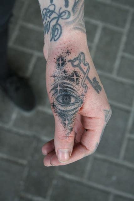 tattoo on trigger finger nathan kostechko tattoo pinterest tattoo and body