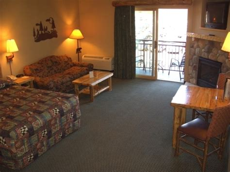 poconos chagne room great wolf lodge pocono mountains pa scotrun pa kid friendly trekaroo