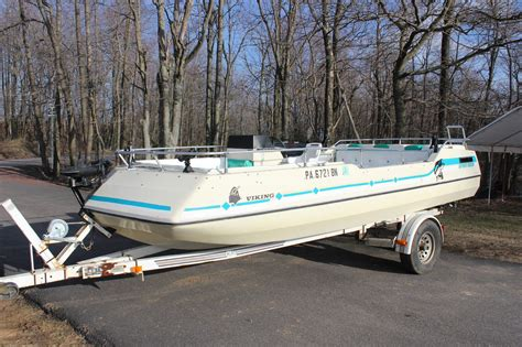 viking deck boat viking deck boat mercruiser chevrolet v8 1981 for sale for