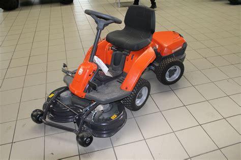 Motorrad Batterie In Rasentraktor by Husqvarna Aufsitzm 228 Batterie Rider Benzin Landwirt