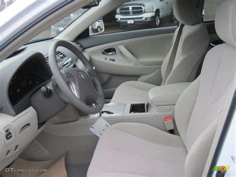 2011 Toyota Camry Interior Bisque Interior 2011 Toyota Camry Hybrid Photo 41839569