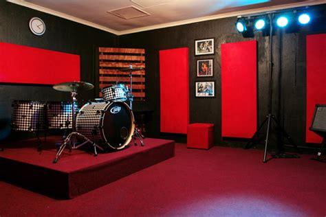 red room recording studio