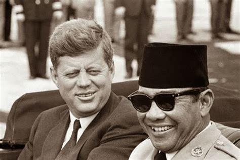 Pb Ban Dalam United 20 Quot misteri kaca mata hitam tembus pandang milik soekarno