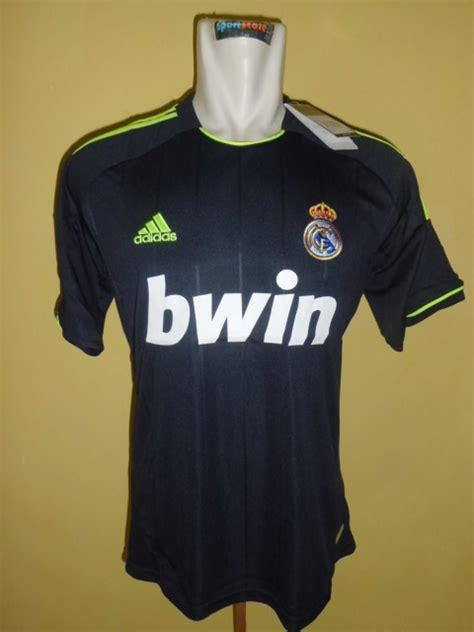 Jersey Bola Grade Ori Real Madrid Away 1213 jersey kw thailand grade aaa 2012 2013 grosir jersey