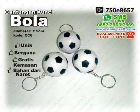 Souvenir Pernikahan Gantungan Kunci Biola Bola gantungan kunci bola souvenir souvenir bola souvenir pernikahan