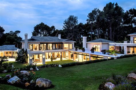 luxury real estate in cape town south africa constantia