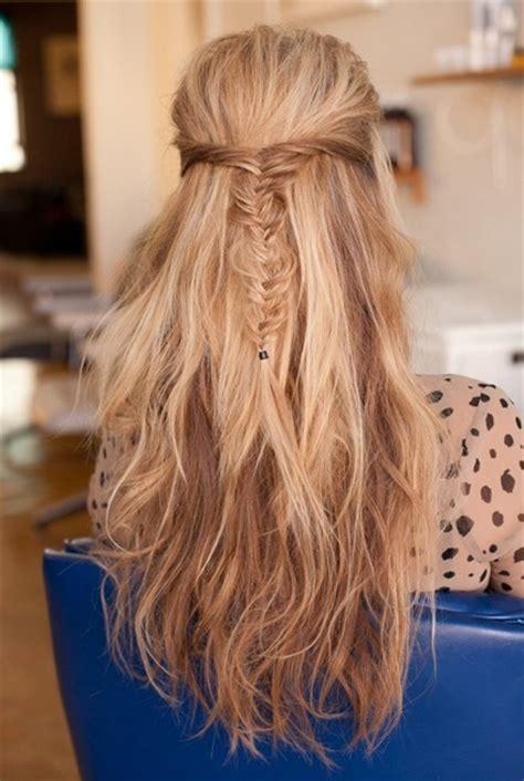 messy fishtail braid     hairstyles long