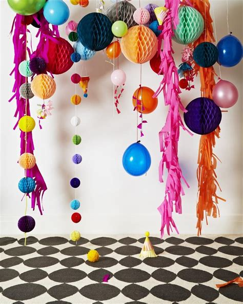 Make Crepe Paper Decorations - 1000 ideas about crepe paper decorations on