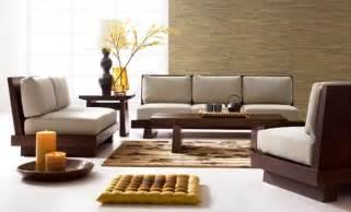 Cushions To Go With Brown Sofa Estilos Para Decorar La Sala Y Trucos
