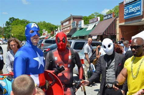 At Acme Comics On Free Comic Book Day Greensboro Daily Photo