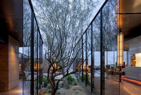wendell burnette architects shapes desert courtyard house