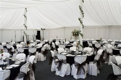 And White Wedding Decorations by 35 Black And White Wedding Table Settings Table