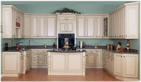 Antique White Glazed Kitchen Cabinets Antique White Cabinets With Glaze Antique White Kitchen Cabinets With Chocolate Glaze Pict
