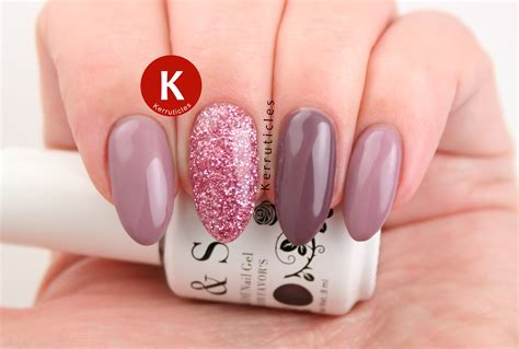 Nail With Gel