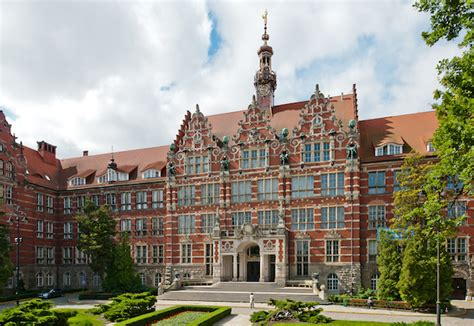 Mba Colleges In Poland by Gallery Education Poland