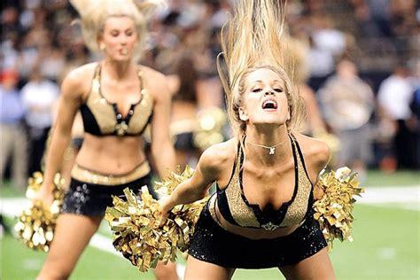 nfl cheerleaders wardrobe fails 916 best cheerleaders images on pinterest cheerleading