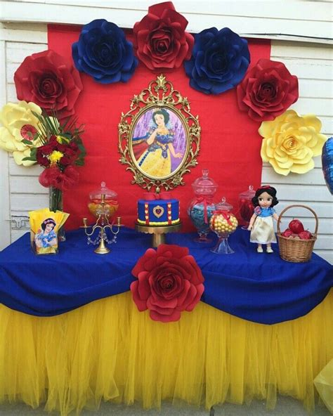 25 best ideas about snow white centerpiece on pinterest snow white party ideas snow white