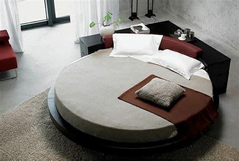 runde bett 15 runde betten auf moderner plattform eleganz und ruhe