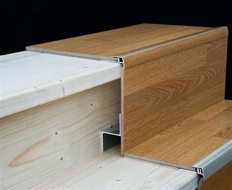 teppich abschluss alte stufen renovieren laminat auf treppen verlegen bauen de