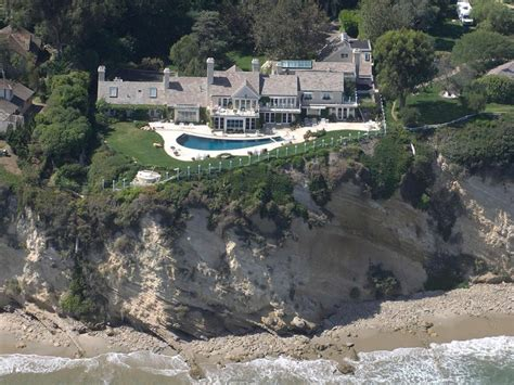 barbra streisand home california pulls up kim kardashian jennifer lopez and
