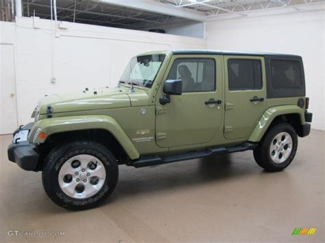 Commando Green 2013 Jeep Wrangler Unlimited Sahara 4x4