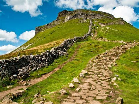 dales 3 peaks challenge three peaks walking holidays and hiking tours