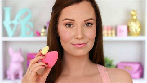 beauty blender pictorial how to use beautyblender makeup sponges pink