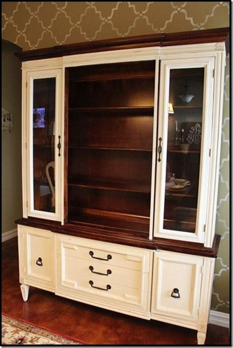 chalk paint old china cabinet paint old china hutch she painted her china cabinet with